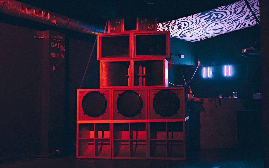Allanai y su sound system en Lata de Zinc