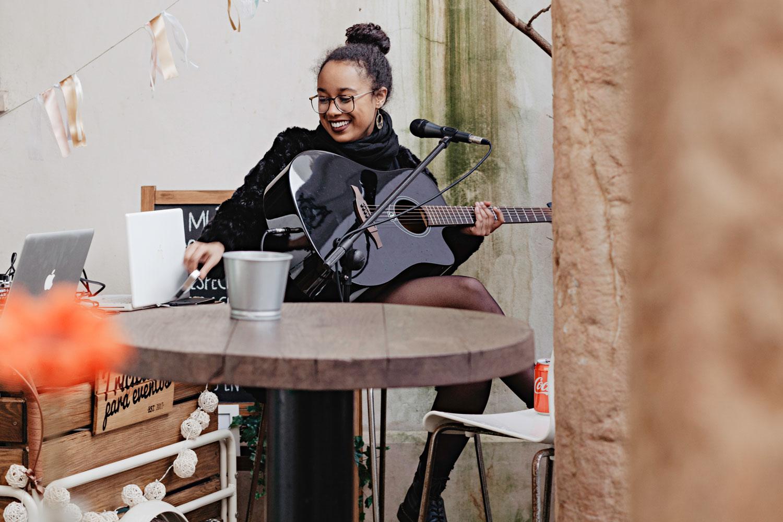 Elisabeth Ndaw en directo