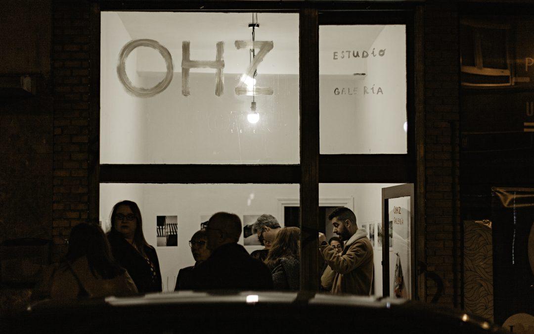 Dualismo enfrentado: nueva expo en OHZ Estudio · Galería